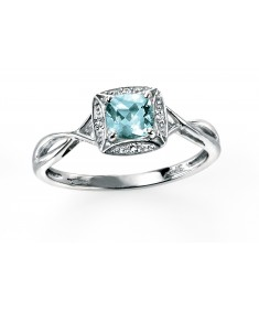 9ct white gold ring with twist, aquamarine and pave diamonds